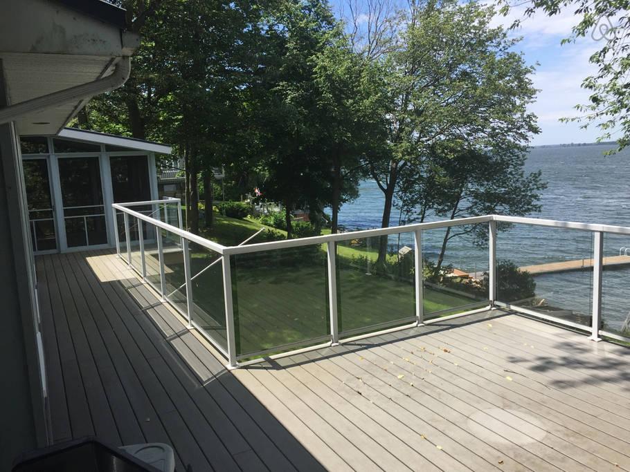 Island Retreat   Luxury Beachy Waterfront Cottage In PEC