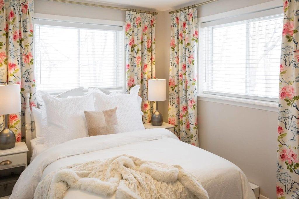 Wilolea Retreat | Luxury Year-Round Waterfront Cottage In PEC