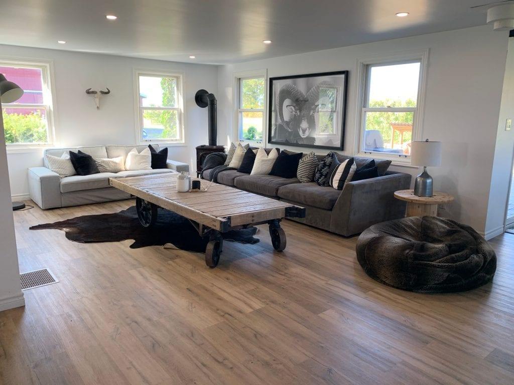 Sandbanks Retreat - Waterfront Century Home