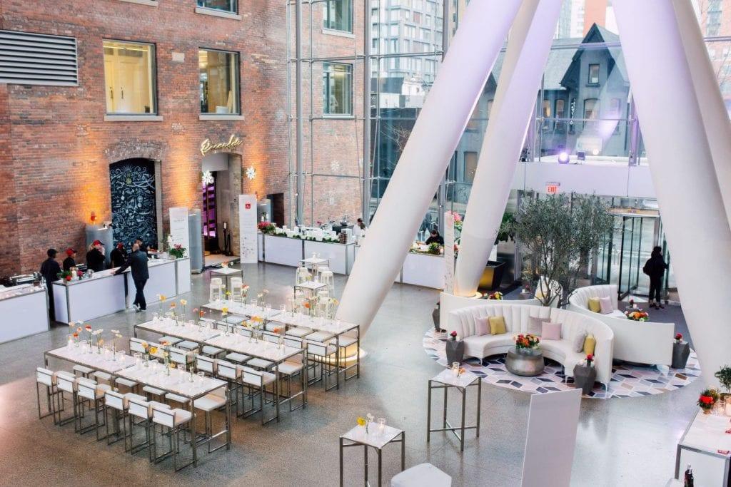 Ricarda's   Modern Restaurant & Atrium